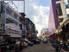 Commercial Building for sale in Chiang: 4 floors and a half, 59 Tarangwa, 12 Million, Chiangrai City Center.