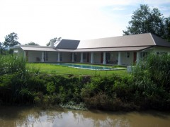 House for rent in Chiang rai: The best of both Chiang Rai worlds.