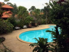 Guest house and Resort for Sale in Chiangrai: 1 Rai, 13 Million Baht, Hong Li, Chiangrai.