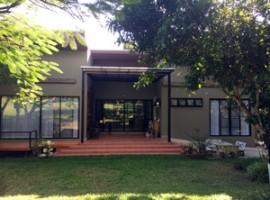 House  for sale in Chiang Rai: 1 rai, 8,500,000 Baht, 8 bedrooms, Rop Wiang, Chiang Rai