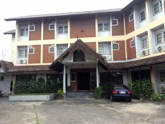 Hotel for sale in Chiang rai: 1 Rai 68 Tarangwa 1.5 KM from Clock Tower.