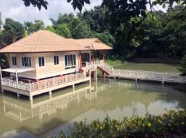 House for sale in Chiang rai: 1 Rai 2 Ngan 24 Tarangwa, Mae Korn