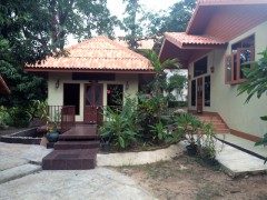 House for sale in Chiang rai: 2 Ngan 40 Tarangwa, Rob Wiang.