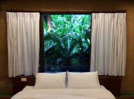 Short term stay in Chiang rai: Luxury Resort for monthly stay. Ban Du.