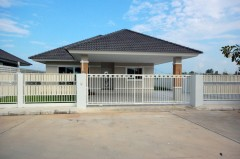House for rent and for sale in Chiang rai: 3 Bedrooms, 91 Tarangwa, Rimkok.