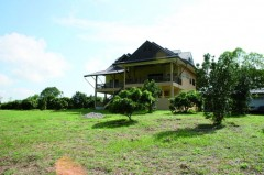 House for sale in Chiang rai: 20 Rai, 10 Mil, Phan.