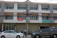 Office Home for rent in Chiang rai: 25,000 THB, 4 Bedrooms, Rob Wiang.