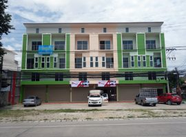 Office Home for sale in Chiang rai: 4Million++, 3 Bedrooms, Rimkok.