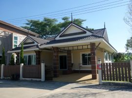 House for rent/sale in Chiang rai: 3.85 Mil, 3 Bedroom, Bandu, Chiang rai