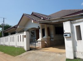House for rent in Chiang rai: 13,000 per. month, 3 Bedrooms, close to Denha intersection, Nonghieang, Ropwiang, Chiangrai.