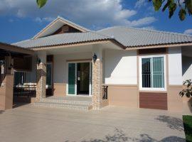 House for sale/Rent in Chiang rai: 3.9 Mil/rent20,000 Baht, 1 Ngan, 3 Bedrooms, Buffalo Hill, Ropwiang, Chiangrai