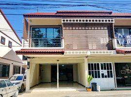 บ้าน/โฮมออฟฟิศ ให้เช่า บ้านดู่ เชียงราย : เนื้อที่ 21 ตารางวา, 2 ห้องนอน, 6,000 บาท/เดือน