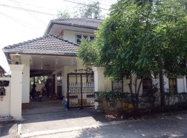 House for rent/sale in Chiang rai: 4 Bedrooms, 18,000 Bath per. month, Ropwiang.