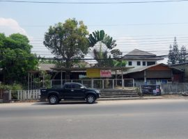 Commercial Building for rent in Chiang rai: 25,000 Baht per. month, Ropwiang, Chiangrai.