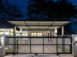 Brand new house for sale in Chiang rai: 64.9 Tarangwa, House size 84.45 SQM., 3 Bedrooms, 2.6 Million Baht, Rimkok, Chiangrai