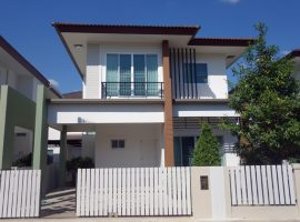 House for rent in Chiang rai: 3 Bedrooms, 25,000 Baht/Month, Fully furnished, Sinthanee 11, Rimkok, Chiangrai.