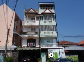 Commercial Builing/Hostel/Apartment for sale/rent in Chiang rai: 19 Tarangwa, 8 Bedrooms, 5,500,000 Baht.
