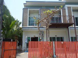 บ้านให้เช่าในตัวเมืองเชียงราย: เนื้อที่ 14 ตารางวา, พื้นที่ใช้สอย 140 ตร.ม., 12,000 บาท/เดือน