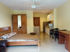 Apartment for Rent in Chiang rai: 8,000 Baht/Month, Studio room with 1 bathroom, Ropwiang, Chiangrai.