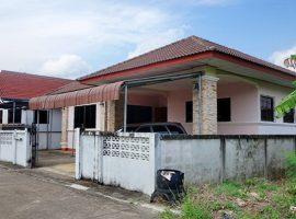 ให้เช่าบ้านหลังใหญ่ขนาด 4 ห้องนอนไม่ไกลตัวเมืองเชียงราย: 10,000 บาท/เดือน