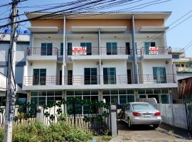Office Home for sale in Chiang rai: 32-36 Sqm., 2.8 Million Baht, 3 Bedrooms, Ropwiang.