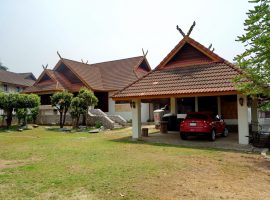 Large House for rent in Chiang rai: 3 Bedrooms, 23,000 Baht/Month, Rimkok area.