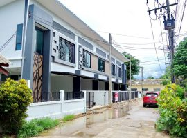 Office Home for sale in Chiang rai : 3 Bed 3 Bath, 2.89 Million Baht, Rimkok.