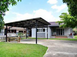 บ้านให้เช่าใกล้โรงเรียนนานาชาติ ริมกก เชียงราย: 3 ห้องนอน, 10,000 บาท/เดือน